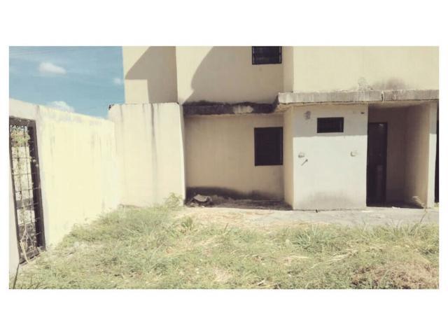 Casa en Flor Amarillo Edo Carabobo - 3/6