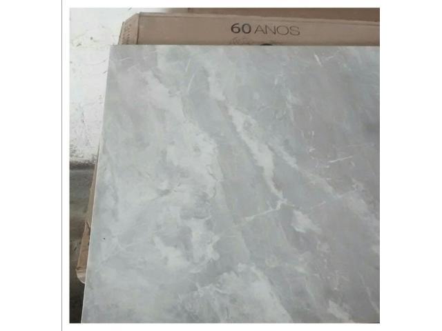 Porcelanato Gris Capri 27 cajas 860$ - 2/4