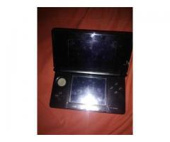 Nintendo Ds 3d + Cargador + 1 Juego Sin Batería
