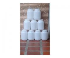Potes Plásticos con Tapa (4.5kg)