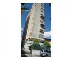 $17.000 Apartamento en Calicanto Maracay
