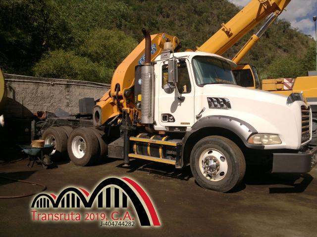 Camiones con Brazo Hidráulico Alquiler y Logistica - 5/6