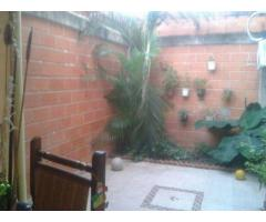 APARTAMENTO PRISMA GUACARA VENDE FRANK BETANCOURT 04244700538 - Imagen 4/5