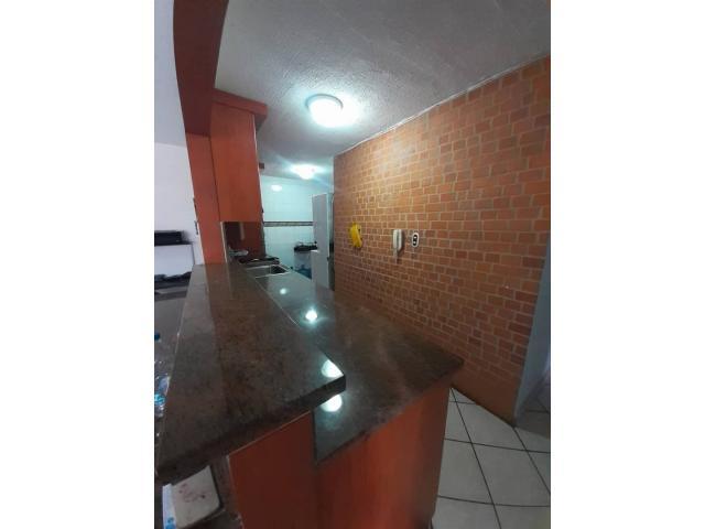 Apartamento en venta Frente a la UJAP, Res. Poblado de San DIego - 3/6