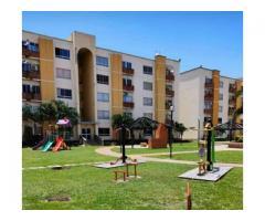 Apartamento en Venta de Remate en Res. Valles del Nogal en San Diego - Imagen 1/6