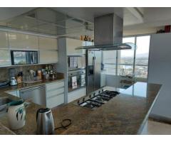 ent House Duplex en Venta en Res. Oasis El Morro en Lechería con vistas panoramicas de ensueño