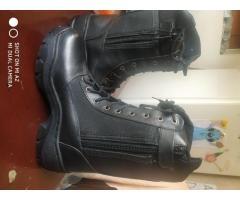 Vendo botas militares