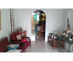 Estupenda casa en la Urbanización EL RECREO