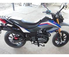Vendo Moto TX 200 Año 2012