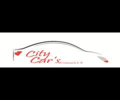 asesora de créditos para compra de vehículos usados