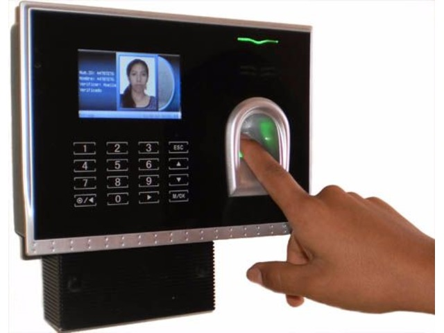 Controles de Asistencia Biometricos - 1/1