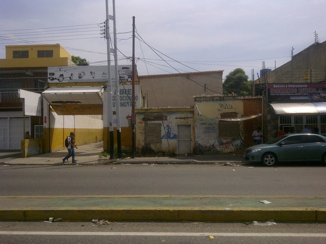 Inmueble (Galpon/Casa/terreno) en Plena Avenida Aranzazu entre Cll Lopez 88 y Bermudez 89 - 1/6