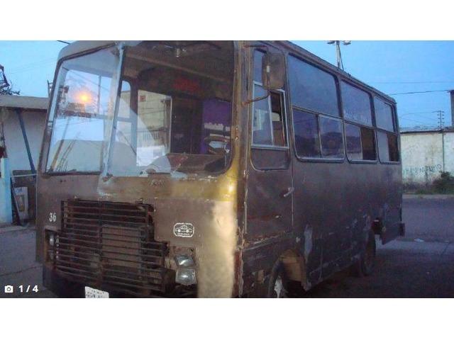 Bus Evro 1984 listo para trabajar En Puerto La cruz - 1/4