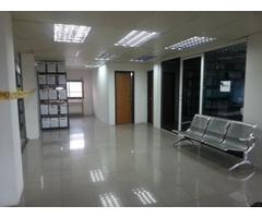 Alquiler de 2 Pisos en Vistoso Edificio del Centro de Puerto Ordaz