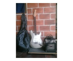 Guitarra Eléctrica Marca Aria con Mini Amplificador Marca Aria - Imagen 1/5