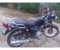 vendo moto YAMAHA YB125 Año 2006
