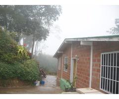 VENDO HERMOSA CASA EN SAN DIEGO DE LOS ALTOS