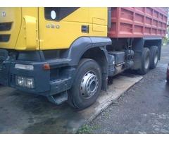 Se vende camion volteo IVECO  2008, 18 tons 250k kms