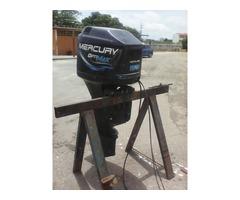 Motor Mercury Optimax 150 HP fuera de borda