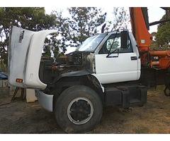 Camion KODIAK año 97 con Brazo Hidraulico Palfinger 6.5 TON