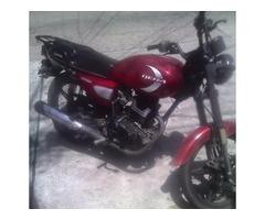 Bsf. 1.300.000  Moto BERA200