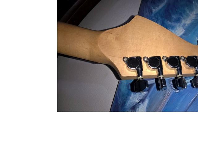 Guitarra Electrica Washburn PRO X Series modelo X 10, con estuche y un cable. - 2/6