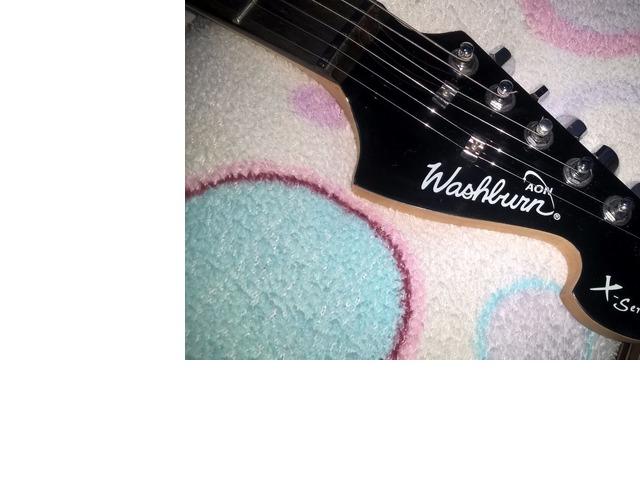 Guitarra Electrica Washburn PRO X Series modelo X 10, con estuche y un cable. - 3/6