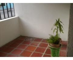 casa con apartamento adicional