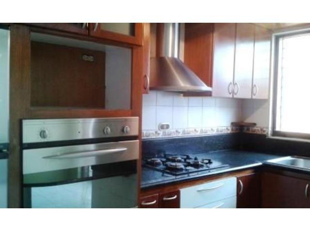 EN VENTA LINDO TOWN HOUSE 140 MTS 3 HAB 3 BAÑOS 2 PSTOS - 3/6