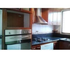 EN VENTA LINDO TOWN HOUSE 140 MTS 3 HAB 3 BAÑOS 2 PSTOS