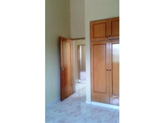 EN VENTA LINDO TOWN HOUSE 140 MTS 3 HAB 3 BAÑOS 2 PSTOS - 4/6