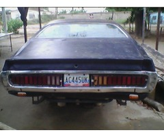 DODGE CHARGER AZUL AÑO 1972