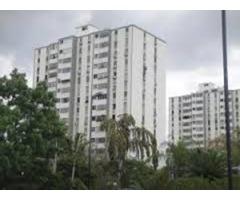 Se alquila Apartamento AMOBLADO PARA EMPRESAS, 3 Hab. Zona Este-Trinitarias