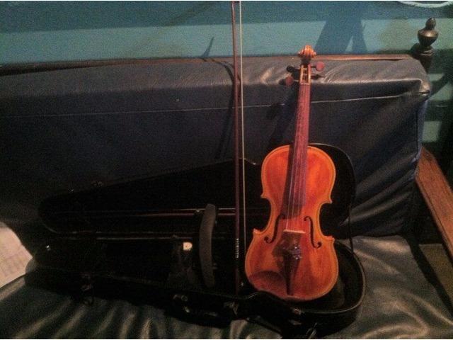 violin profesional y bajo electrico 5 cuerdas - 2/6