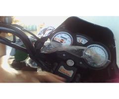 MOTO UM MAX 150