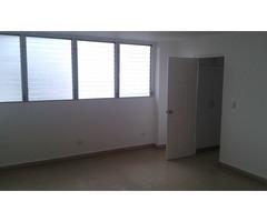 Se alquila Apartamento Super espacioso y comodo en Calle 50 - Imagen 4/6