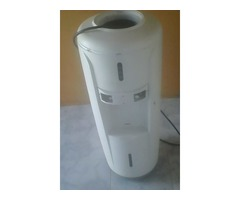 dispensador o filtro de agua marca aventy mod. wd361 usado