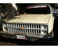 Se vende camion 350 por no USAR, prende y rueda