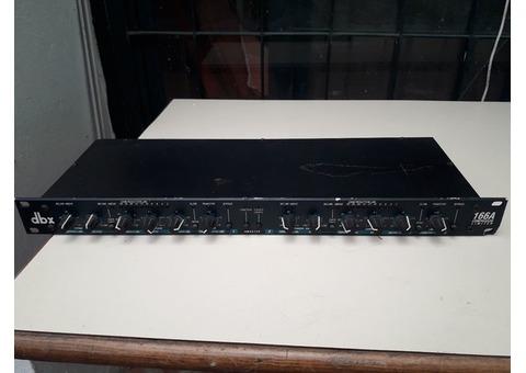 VENDO Compresor de audio modelo Dbx/166A