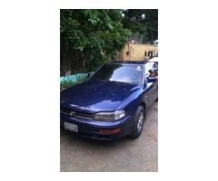 se vende Toyota Camry 1993 o se cambia
