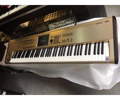 KORG Kronos 2  61 KEY / 73 KEY MusicWorkstation Synthesizer Keyboard