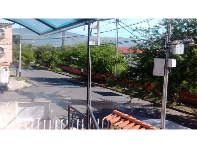 ALQUILO LOCAL COMERCIAL EN SAN DIEGO. Ubicación ideal para línea de Taxis y afines - 1/5