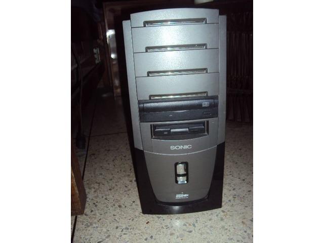Case para PC - 2/3