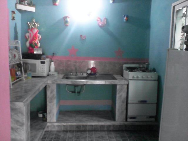 SKY GROUP Vende pequeña y comoda casa en Trujillo. - 3/6