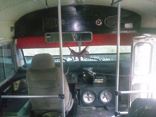 Vendo Autobús Ford Año 78 - 6/6