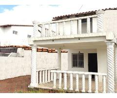 Town House SEMI EQUIPADO