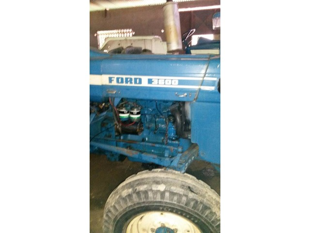 TRACTOR FORD 3600 - 3/4