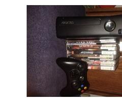 Xbox 360 Sim, Disco duro 250 G, 1 control y + de 30 juegos