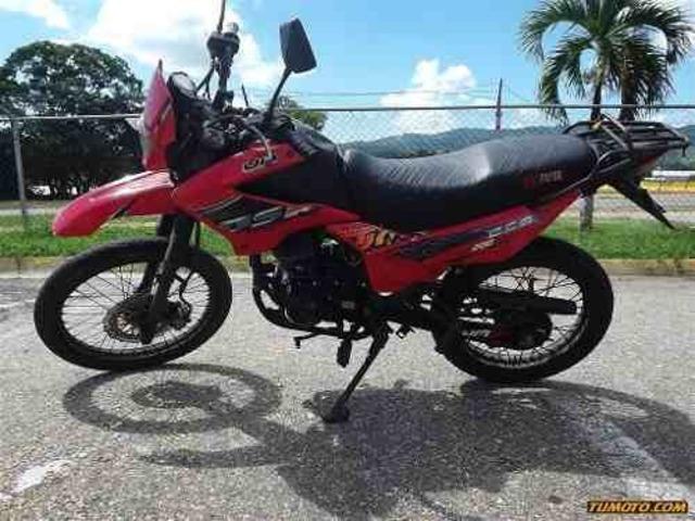 UM 2000cc (250CC)-ENDURO año 2012 Caracas - 1/4