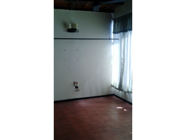 Alquilo apartamento anexo independiente  Urb. La Esmeralda, San Diego. - 1/6